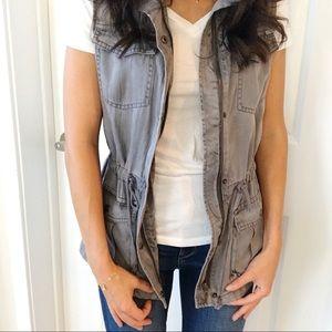 Max Jeans Gray Anorak Utility Vest - XS